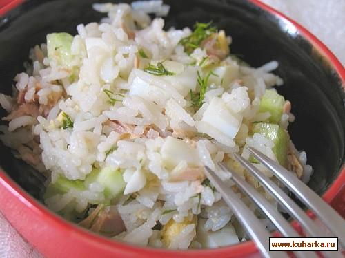 Салат из тунца рецепт простой с рисом