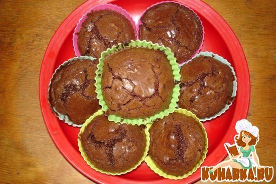 Простой рецепт шоколадных кексов в силиконовых формочках